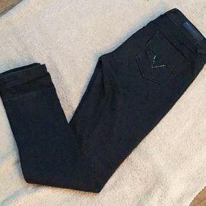 Black Virgo's Slim Cut Jeans